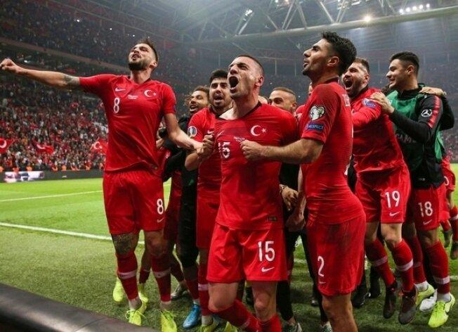 İŞTE BU! EURO 2020'DEYİZ!