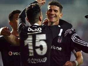 Beşiktaş'ımız yine kara takıldı!