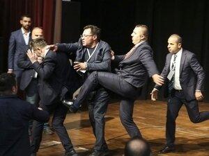 Ankaragücü Genel Kurulu'nda yumruklu kavga!