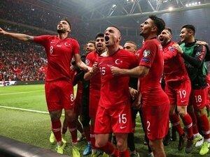 EURO 2020'DEYİZ!