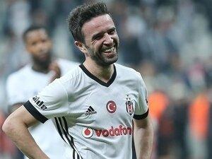 Gökhan Gönül'e yeni kontrat!