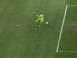 Süper Lig'de kaleciden büyük hata