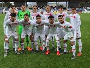 Beşiktaş'ın genç yıldızlarına milli davet