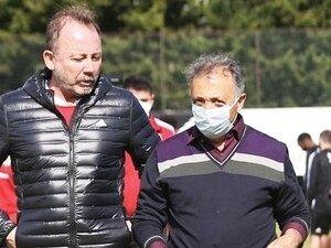 Ahmet Nur Çebi: Kim olduğunuzu gösterin