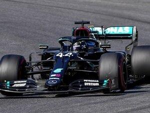 Formula 1'de olaylı yarış: 3 kez durdu, Hamilton kazandı