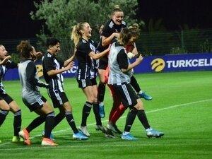 Kadın futbolunda final heyecanı yaşanacak