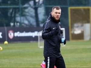 Beşiktaş'tan Maxim sürprizi
